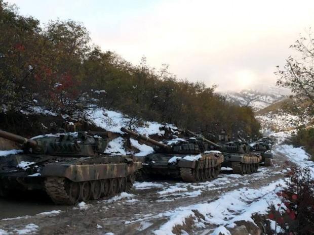 военные учения — танки Арцаха