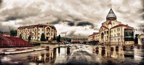 площадь Степанакерта