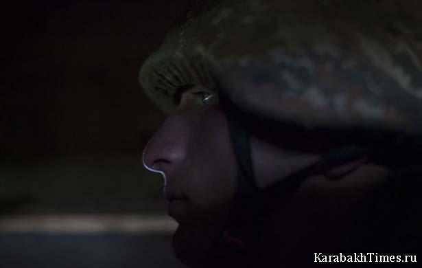 Армянский солдат на посту