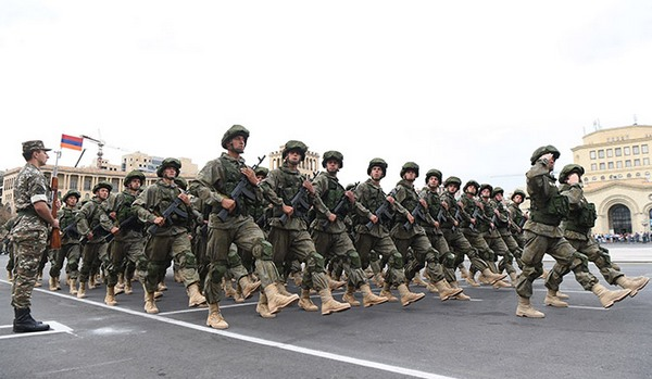 парад к 25-летию независимости Армении