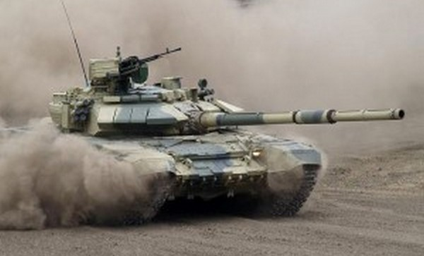 Азербайджанские танки в пкружении