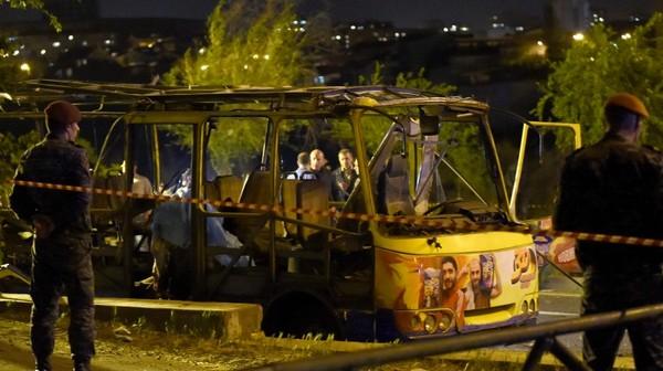 взрыв автобуса в Ереване